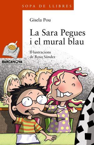 LA SARA PEGUES I EL MURAL BLAU